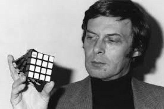 En iyi oyuncak Rubik küpün tarihi, çözmek nekadar zor olabilir ki !
